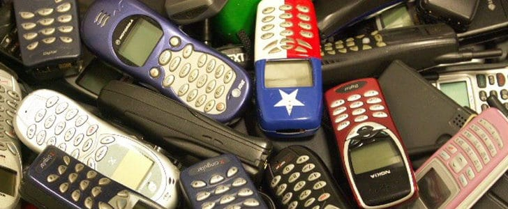 2g-phones-8876541